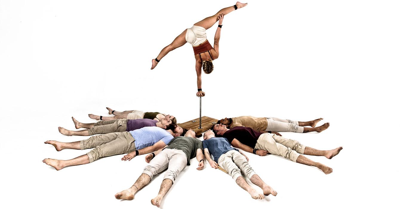Gom Circus